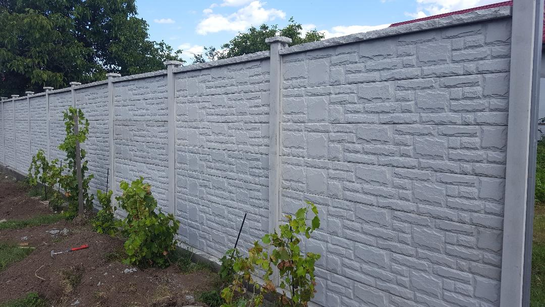 gard-din-placi-prefabricate-din-beton